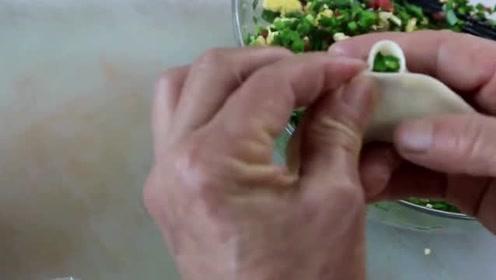 西红柿韭菜还能这样搭?农村妹的脑洞大开被网友称赞