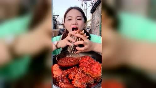 海鲜吃播:火辣辣竹节蛏