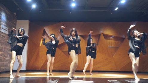 辣妈女神舞蹈跳起来一样性感