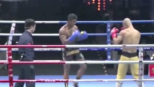 台下观众激情加油,武僧一龙却被泰拳王播求抓住缺点一通输出取胜