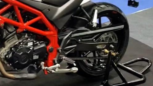 售价两万多元的杜卡迪怪兽街车,双缸水冷国四排放,标配ABS肌肉感十足