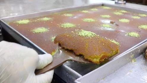 像液体一样的蛋糕?这确实软的夹不动,不过味道太令人回味无穷了