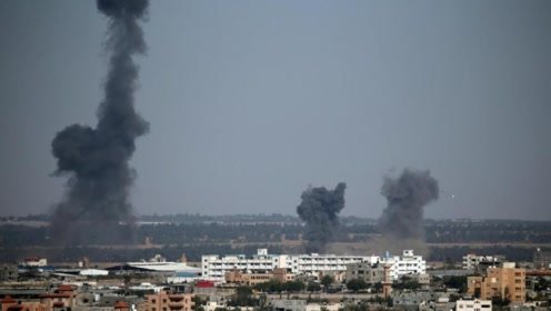 上百枚火箭弹来袭,以色列被抓到致命弱点,美国也被坑了