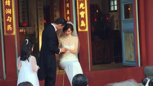 新娘会好命!林志玲与AKIRA遵循古礼坐着交换戒指