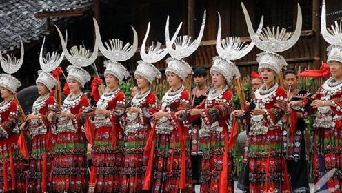 如果去苗寨旅游,再便宜的银饰也不要买?导游说出实情