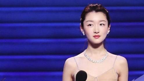 27岁周冬雨谈''恋爱观''语出惊人:你们都被电视剧骗了