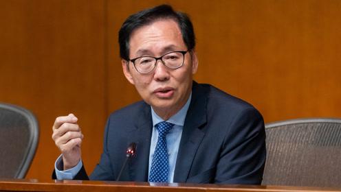 香港议员揭露真相:示威者前途尽毁 幕后煽动者在推年轻人去死