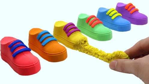 小伙用太空沙自制彩虹鞋子,成品有点惊艳,网友:看完感觉很解压