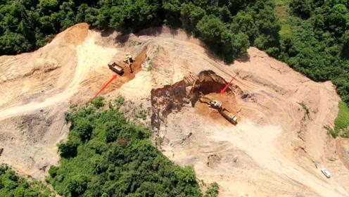 广西山区,无人机发现这2辆挖掘机在干活,看看他们到底在挖什么