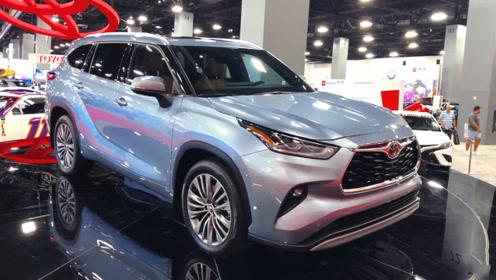 2020款丰田汉兰达霸气亮相 颜值内饰再升级 捍卫中型SUV的标杆地位