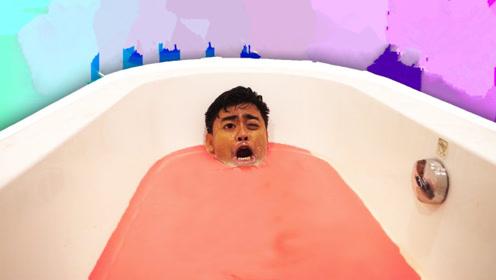 在非牛顿流体里泡澡会怎样?小哥亲身挑战,准备起身时欲哭无泪!