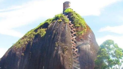 世界最陡的房子,每天要爬60层才能回家,网友:想想都腿软