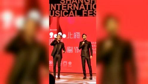 上海国际音乐剧节 阿云嘎理查德现场合唱《大教堂时代》