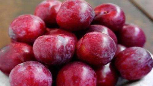高血糖的人常吃2种水果,稳血糖预防糖尿病