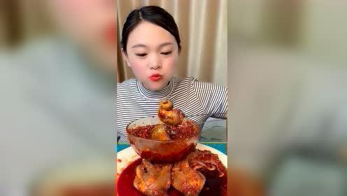 海鲜吃播:三只火辣大蜗牛
