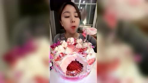 美食吃播:高颜值蛋糕