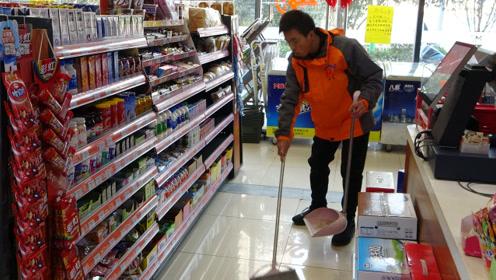 西安有家公益超市 在这里工作的都是残疾人