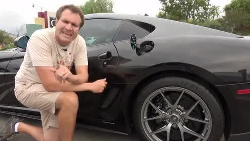外国大叔带你欣赏法拉利 599 GTO的豪气内饰