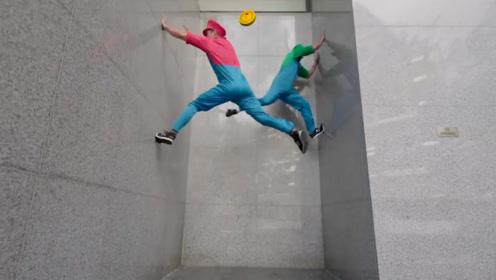 跑酷大神还原游戏动作,通过折返跳爬上5米高墙,路人都看呆了