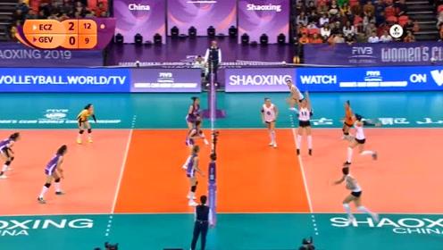 15:25!女排世俱杯第三轮,广东恒大VS伊萨奇巴希,第三局回放