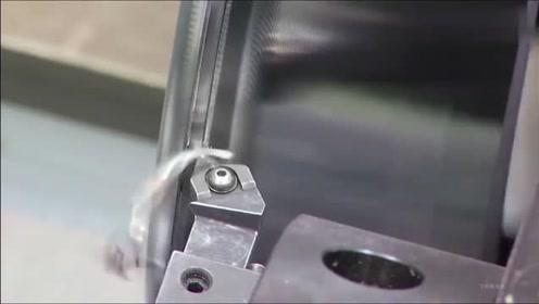 实拍火车轮的生产制造过程,这个应该很少人见过,长见识了!