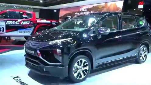 2020款三菱Xpander闪亮登场,打开车门看到内饰,还想着骊威吗?