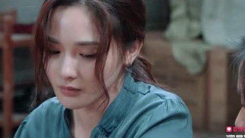 郭敬明指出彭小苒不足,要带着情绪演