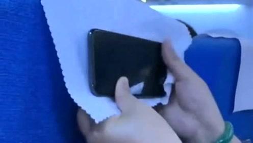 长途客车上你都怎么玩手机的,泱泱华夏,真的是人才辈出啊!