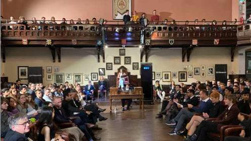 剑桥大学辩论赛AI驳斥AI利大于弊,最后战胜反方