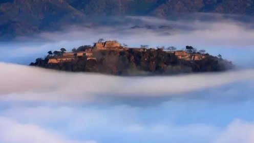 """""""我国的天空之城"""",位于贵州深山,外国认为是不可思议的建筑!"""