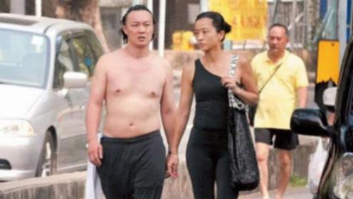 香港菜市场街头,经常能看到明星,陈奕迅光着膀子上街都无人搭理