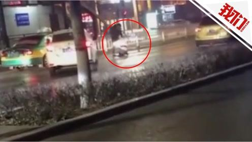 银川一男子驾车撞倒女子后猛打 警方:家庭矛盾男子醉驾