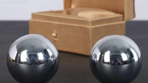 如果将一个100斤的实心铁球沉入海底,最后铁球会不会被压变形?