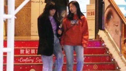 陈奕迅老婆女儿近照 状态似姐妹