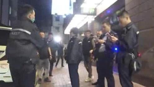无恶不作! 两名韩国人在香港狂买14块名表欲离境 被暴徒当街抢走