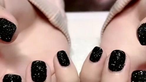 短小指甲也能做网红毛呢美甲,闪闪的超级好看,太亮!