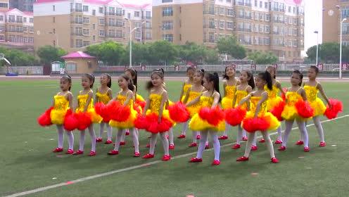 巴彦淖尔市杭锦后旗实验小学幼儿园啦啦操 花球