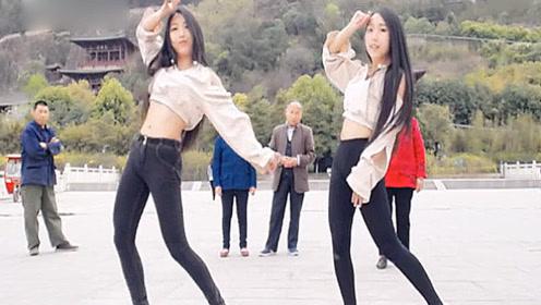 颜值超高的双胞胎姐妹跳《极乐净土》 太美了引路人围观