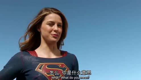 女超人和闪电侠告别,双方都依依不舍