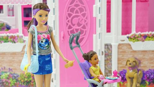 可爱娃娃之小小育婴师玩具套装分享