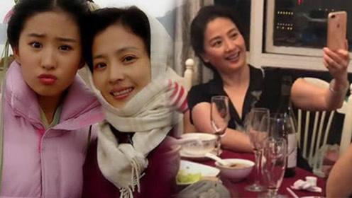 59岁刘亦菲妈妈跟姐妹聚会,自曝想做主持人