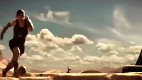 千年巨蟒,所过之处,天崩地裂,寸草不生