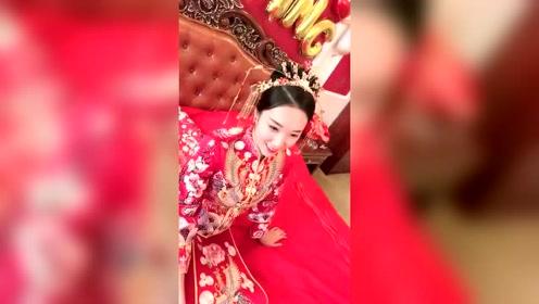 中式传统婚礼服,新娘子穿这样的衣服简直美呆了