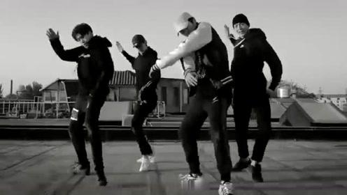 四位小哥哥带来舞蹈,你看上哪一个了?