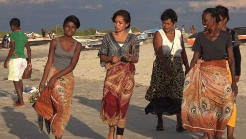 非洲姑娘在广州靠什么生存?说出来你可能不信,因为很少人能做到!