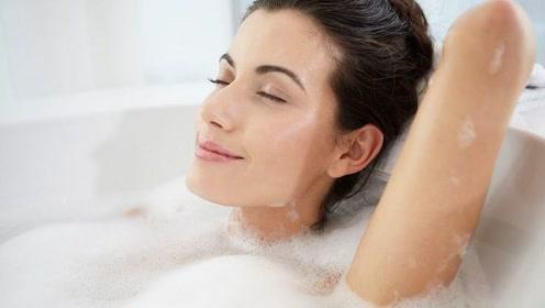 别在这个时间点洗澡,可能会降低身体免疫力