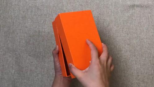 98元买的八年前的小米手机开箱,上手一瞬间:竟然还能吃鸡?