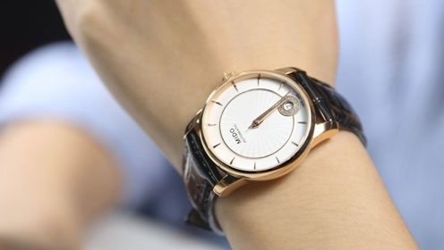 买回来的手表应该戴左手还是右手呢?相信很多人都带错了,快纠正