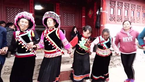 我们傈僳族的最爱,只有沉浸在舞蹈乐的海洋才能体会