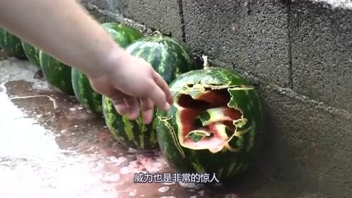 高压水枪下的西瓜,竟然如此的不堪一击